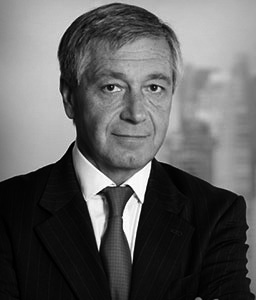 Carlos J. García